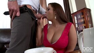 busty bbw sirale gets stuffed hard and titty futed